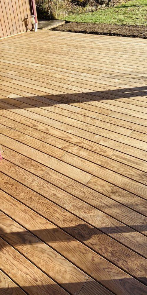 Terrasse extérieure bois - Créasol Auvergne (63)